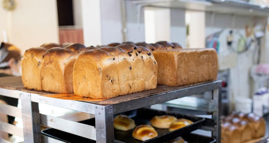 人気のおうち食パンについて